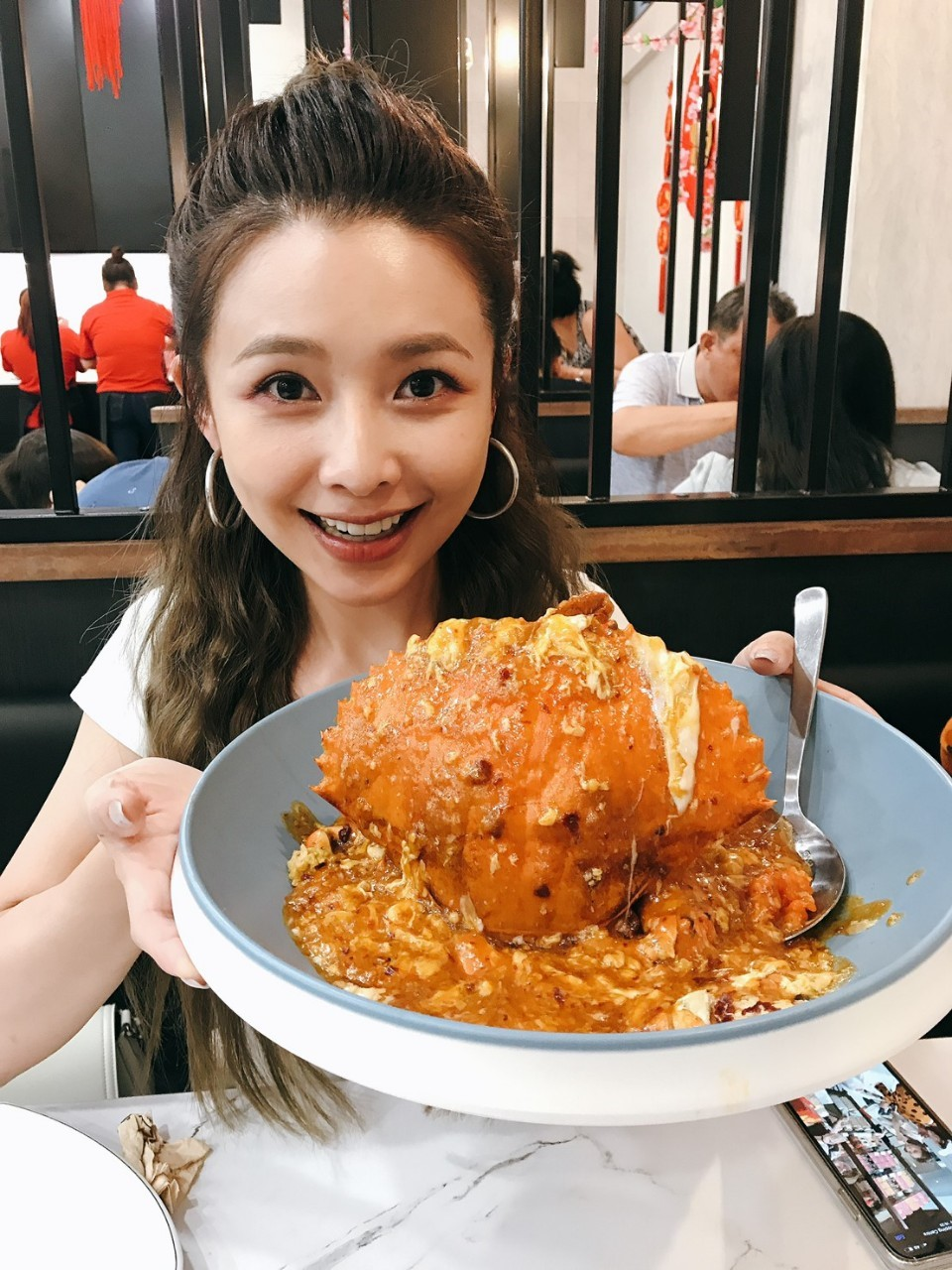 ▲身為美食控的吳婉君,在這趟新加坡之旅,也不放過任何吃美食的機會。