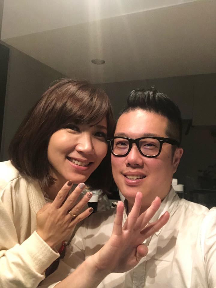 ▲步入婚姻之後面對身分轉變,黃文華感謝老公是神隊友一路幫忙。