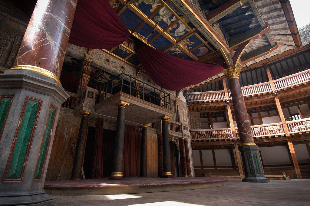 莎士比亞環球劇場 (Photo by Jeff Hitchcock, License: CC BY 3.0, 圖片來源web.archive.org/web/20161029051512/http://www.panoramio.com/photo/91657514)