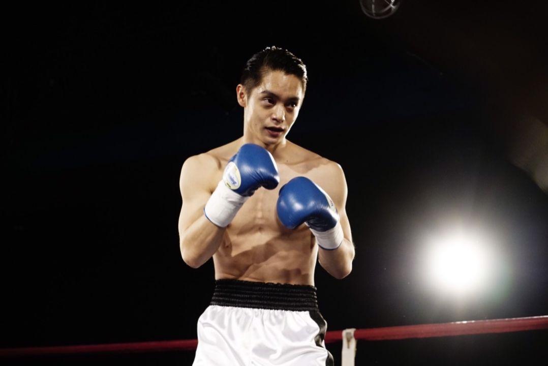 窪田正孝劇中詮釋一名時日無多的拳擊手