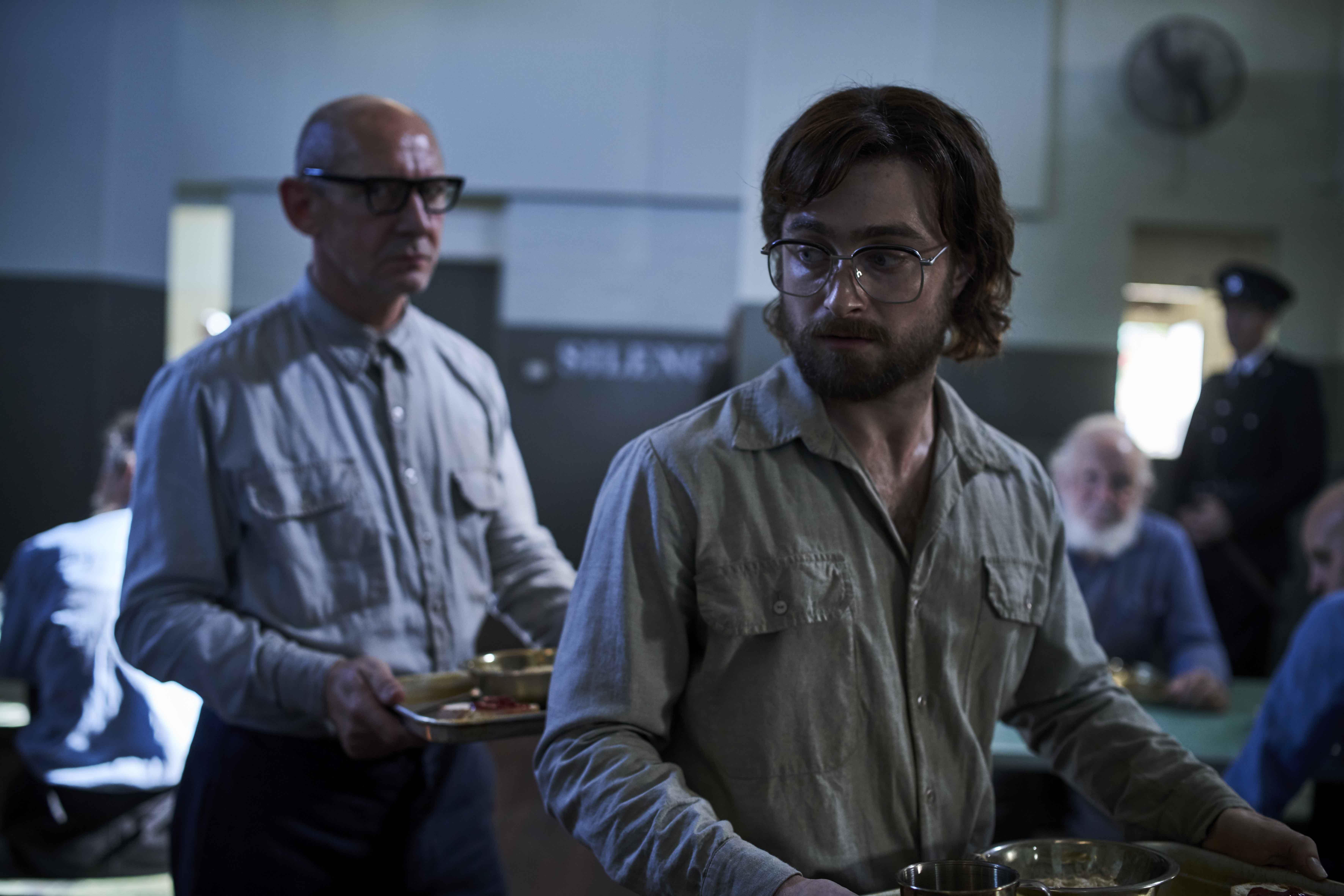 丹尼爾雷德克里夫(右)接受《哈利波特》製片大衛巴隆的邀約,與飾演奎若教授的伊恩哈特(左),攜手演出