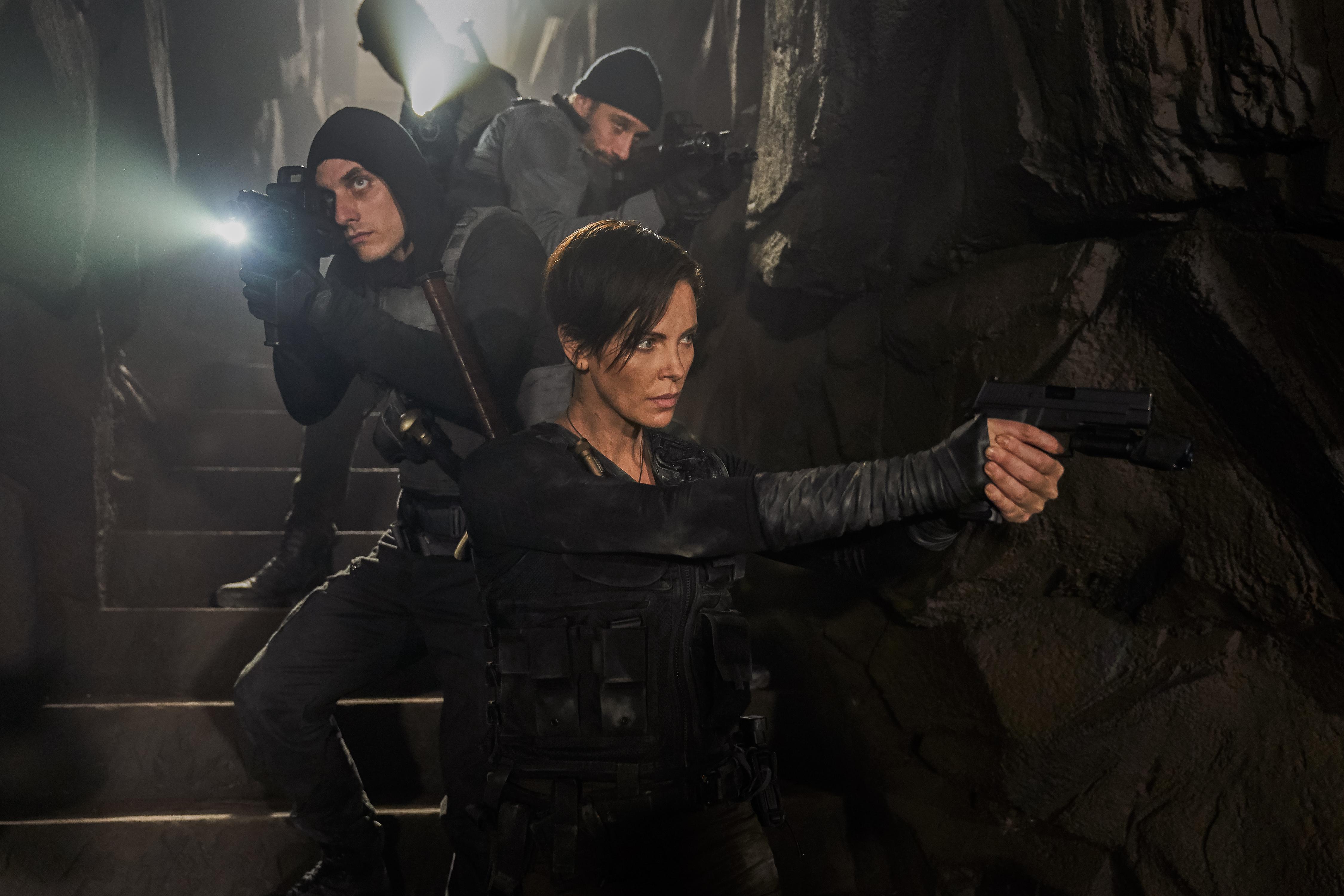 《不死軍團》以獨特的不死之身超能力為主題,更呈現出令人耳目一新的暴力美學