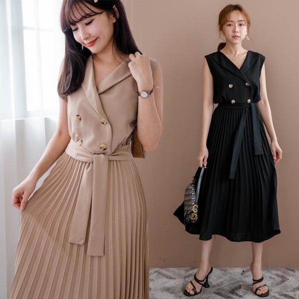 超有氣質無袖洋裝,焦糖奶茶色光看就療癒,搭配四釦造型,附腰綁帶好顯瘦