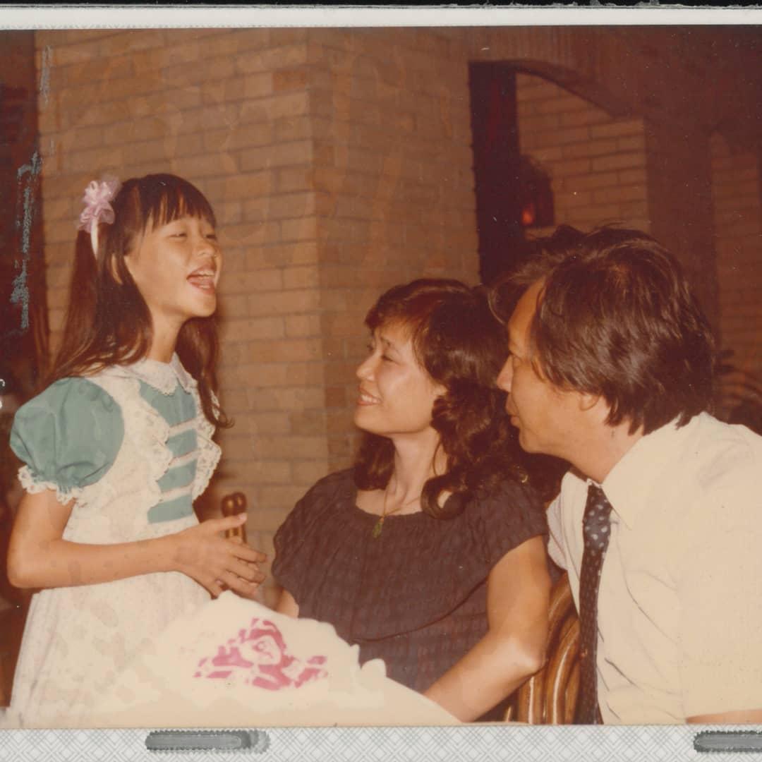 林志玲曬出小時候嫩照,可愛的模樣讓人驚呼果然是從小美到大!