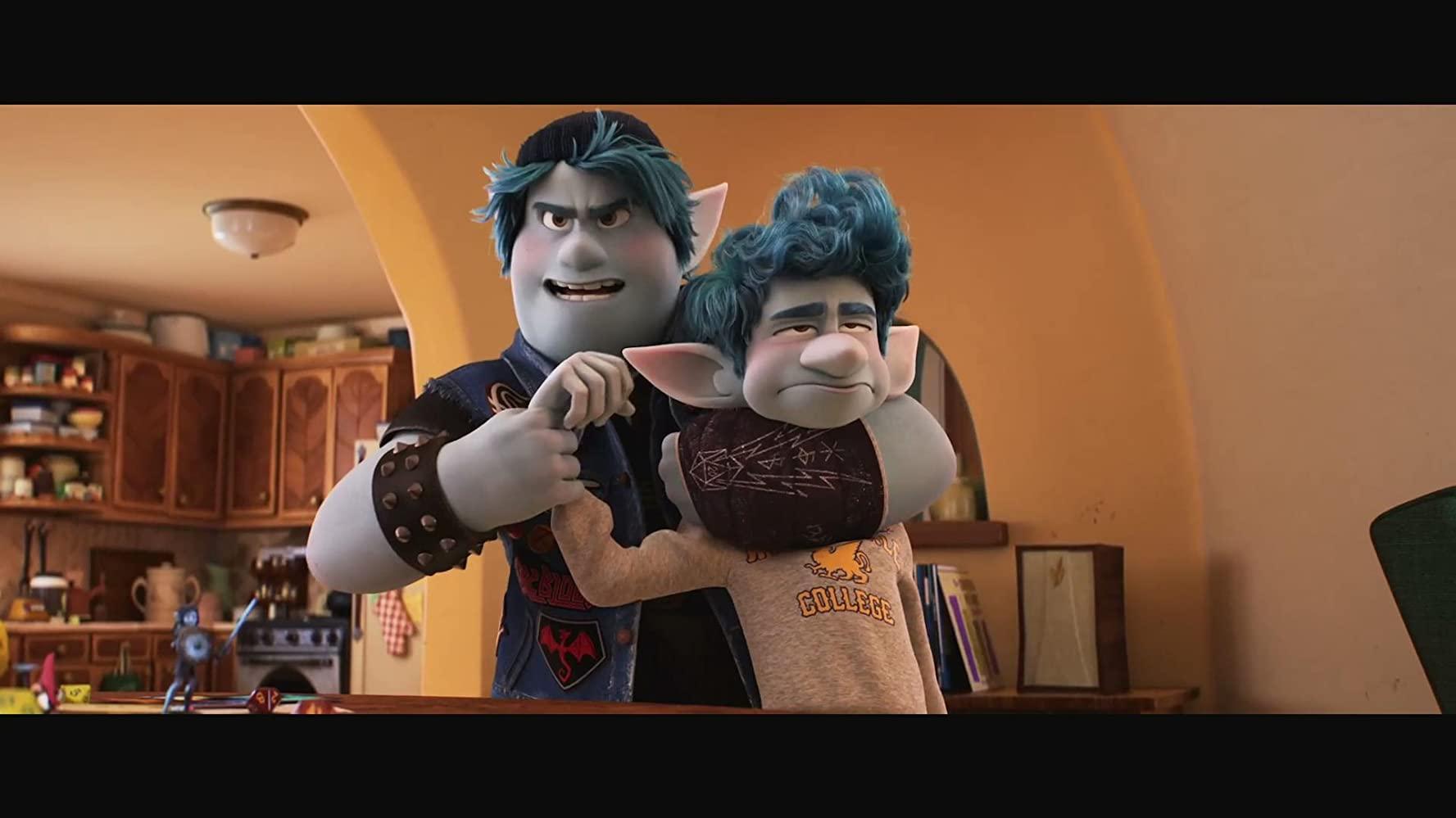 哥哥总是欺负弟弟,但这是出自于对弟弟爱的表现。(Photo Credit:IMDb)