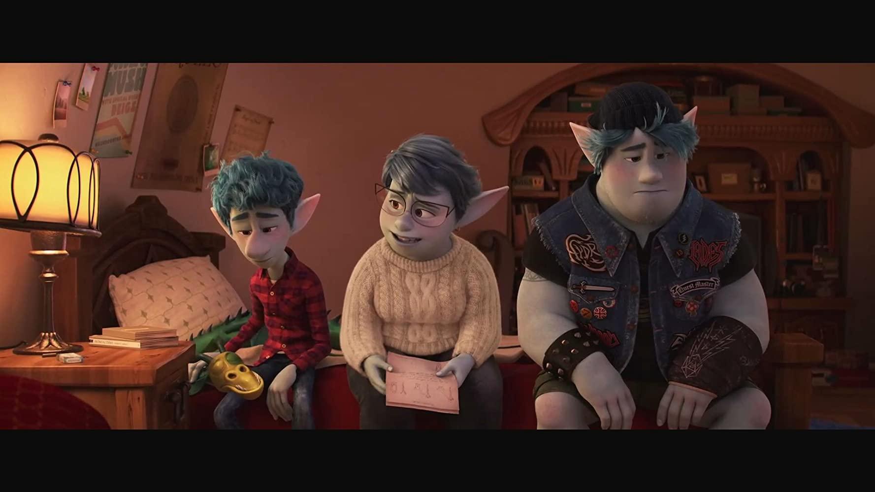 母亲与兄弟俩交谈的方式,完整兄弟俩的人格特质(Photo Credit:IMDb)