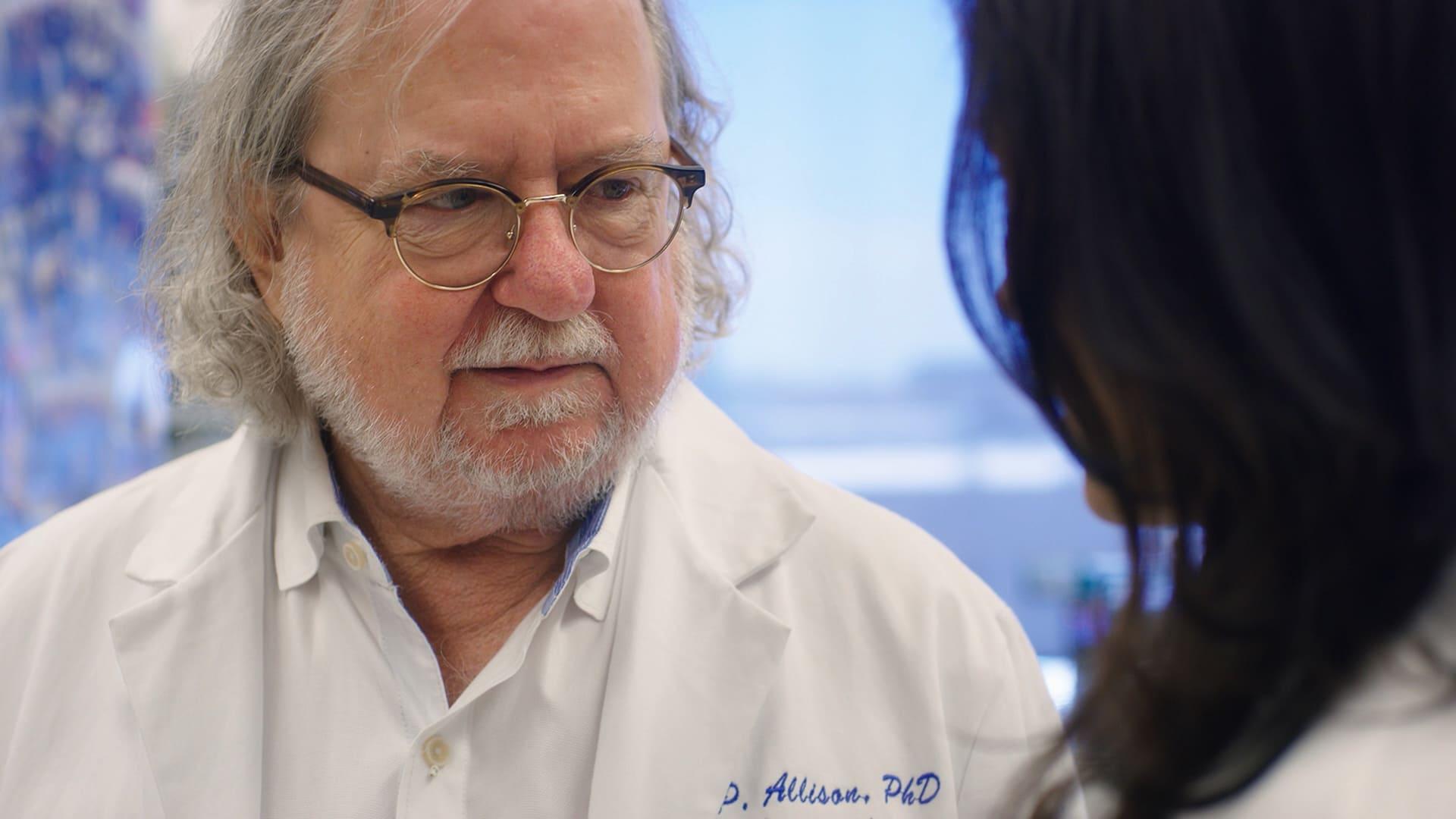 詹姆斯.艾利森在母親因癌早逝之後決心投入醫界,找出治癒癌症的方法