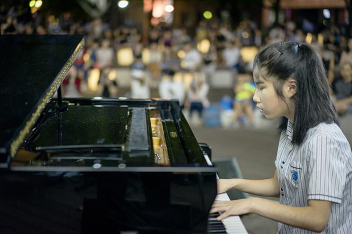 電影《琴鍵上的奇蹟》講述「盲眼莫札特」柳藝恩為音樂夢想奮鬥不懈的故事,首映感動0萬人
