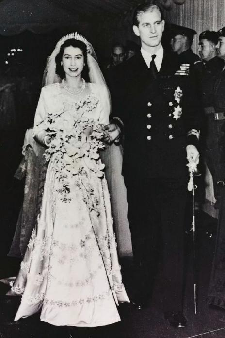 盤點10件英國皇室婚禮的絕美婚紗
