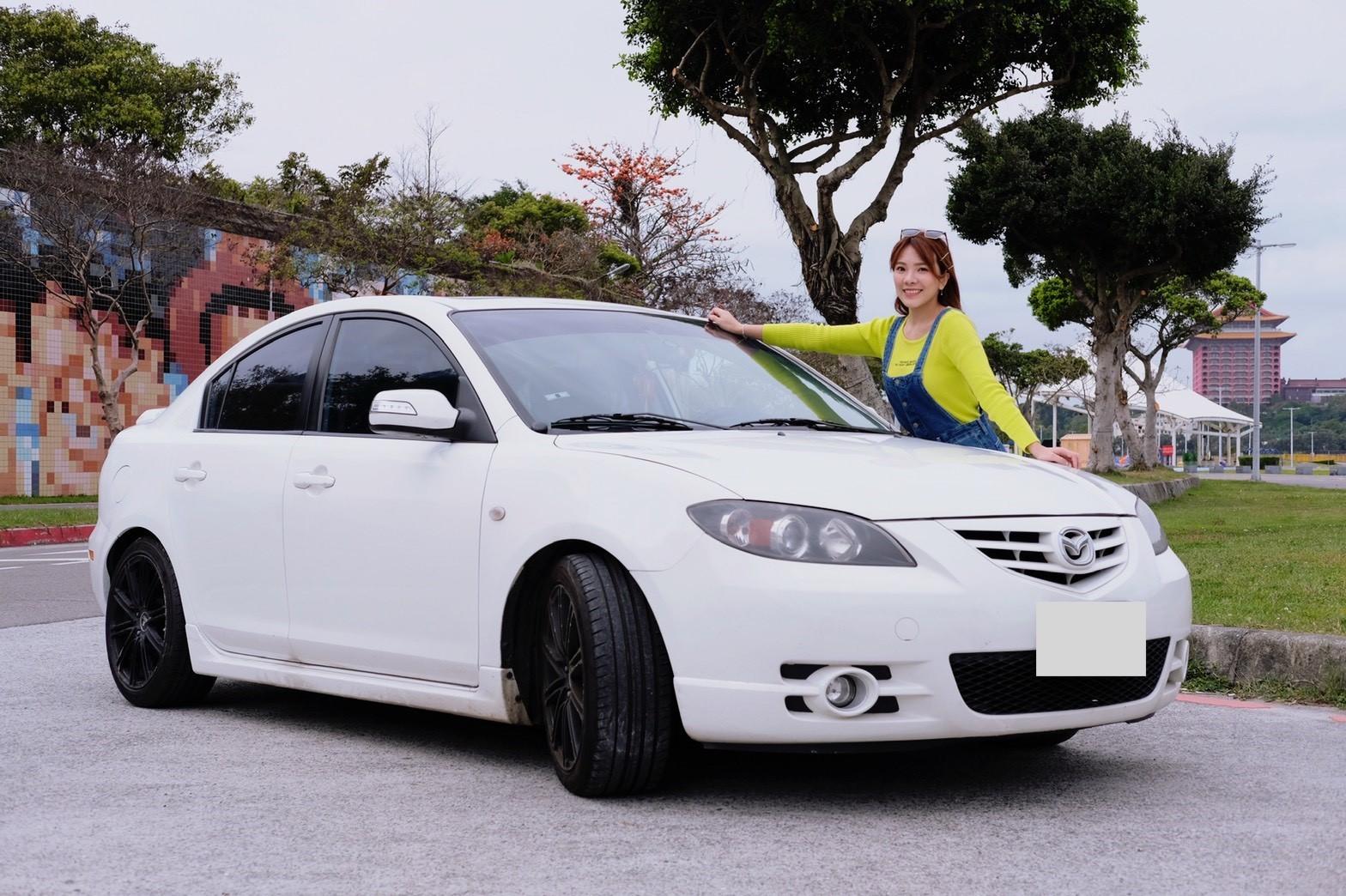 ▲小優接手哥哥的mazda3,入手1個月就花錢保養維修,幸好愛車的性能操控和外型空間,都讓她很滿意。