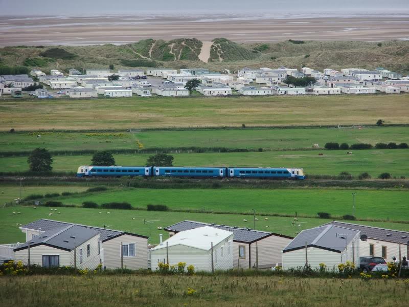 北威爾斯海岸線 (Photo by Reptonix, License: CC BY 3.0, 圖片來源reptonix.awardspace.co.uk/photos/2011-08-06-a.htm)