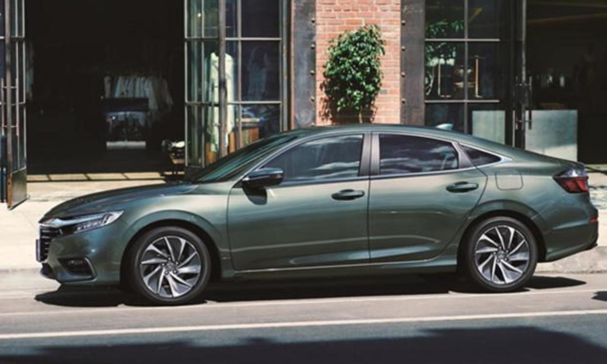 小改款 Honda Insight 外觀、內裝並未變動,重點乃是換上 1.5 升 e:HEV 油電新系統。