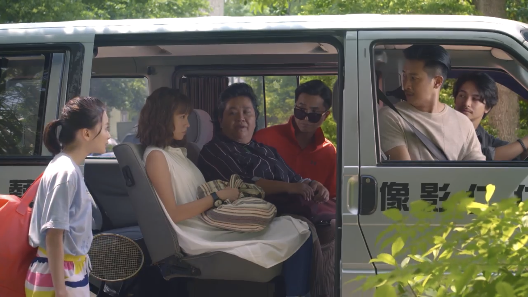 詹宛如(左起)、黃姵嘉、鍾欣凌、王少偉、Darren、楊銘威