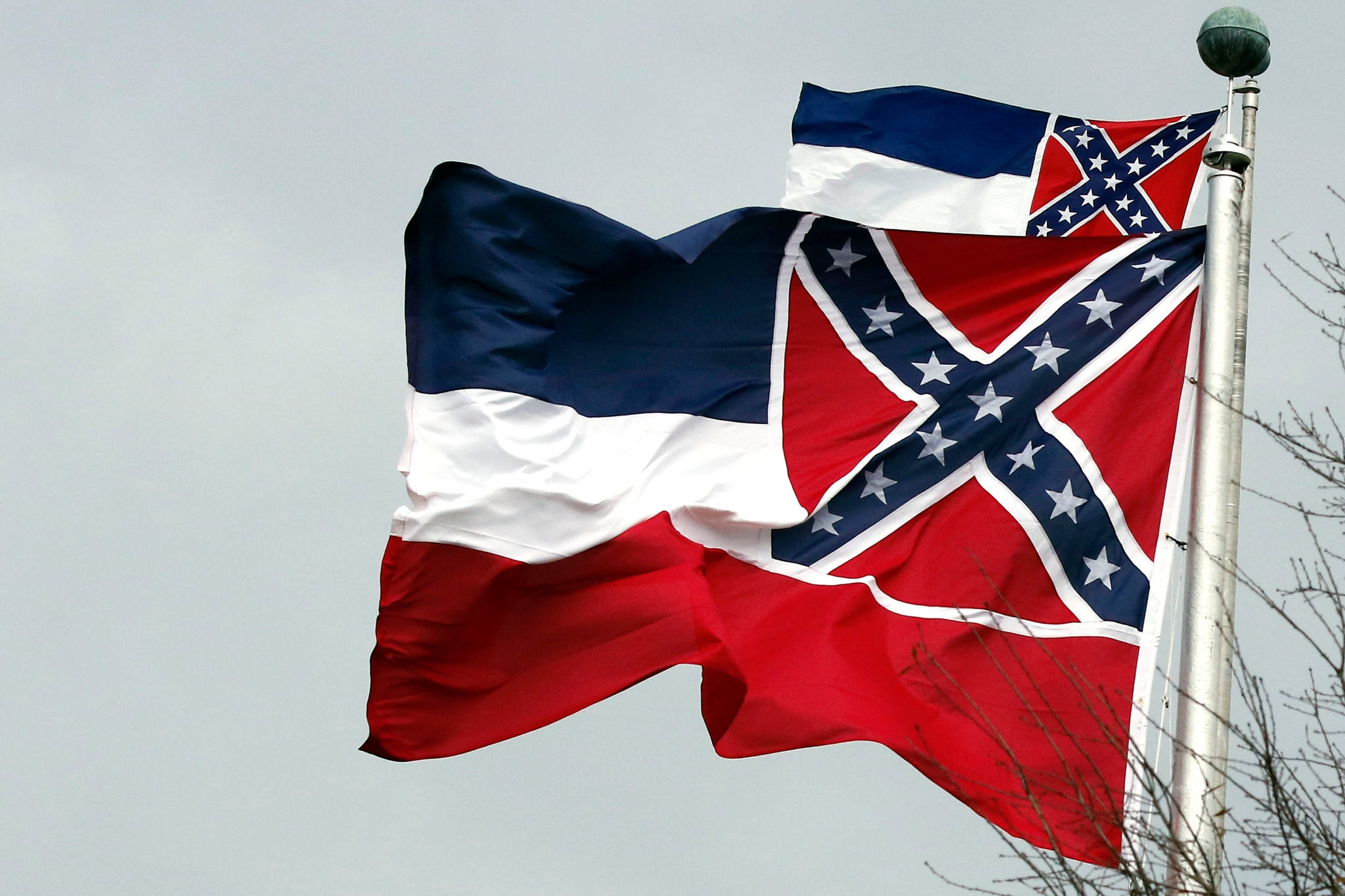 As Symbols of the Confederacy Fall, Activists Say Mississippis Flag Should Be Next