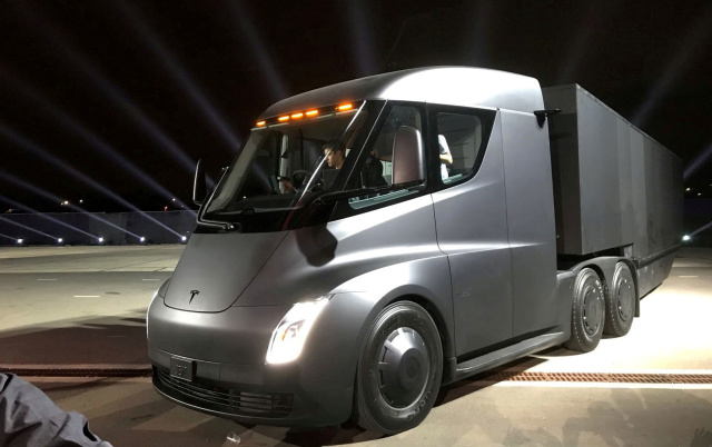 Photo of Tesla to start mass production of electric semi-trailer heads. Mask CEO instructed-Engadget Japan version