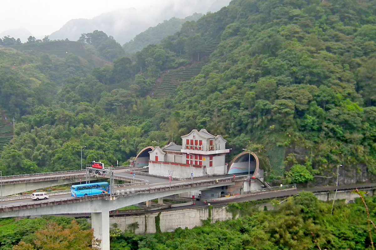 蔣渭水高速公路雪山隧道坪林端
