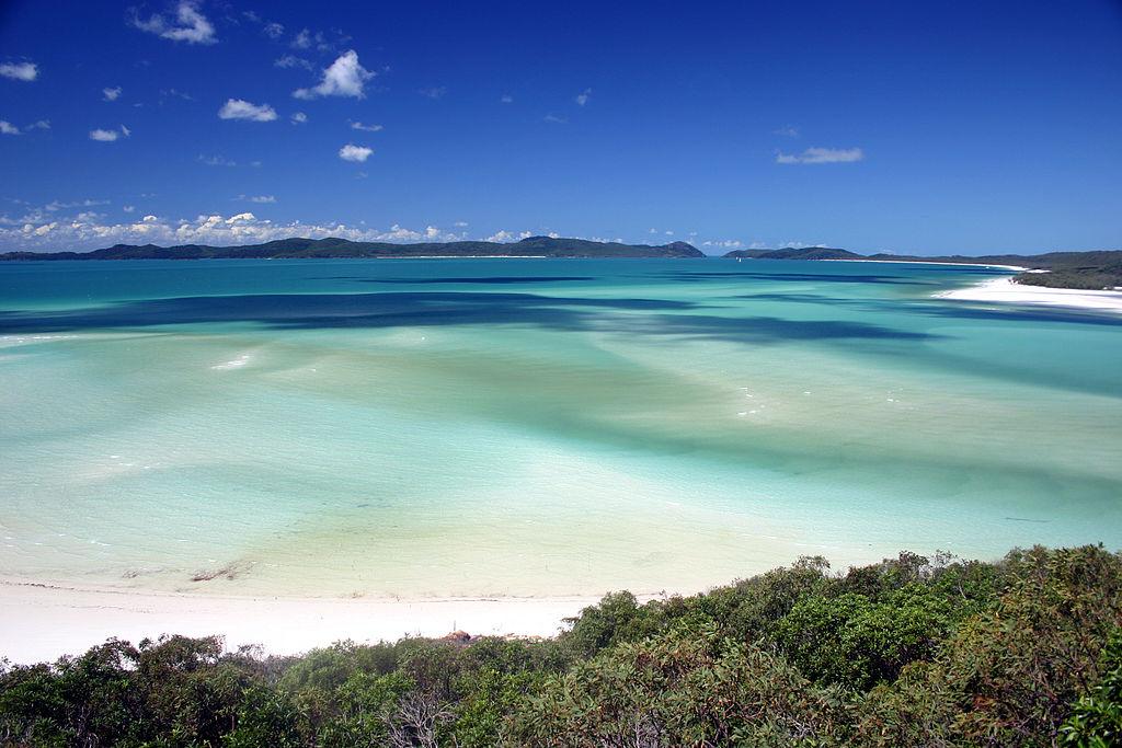 聖靈群島 (Photo by Damien Dempsey from Melbourne, Australia, License: CC BY 2.0, 圖片來源www.flickr.com/photos/63906808@N00/2410412662)