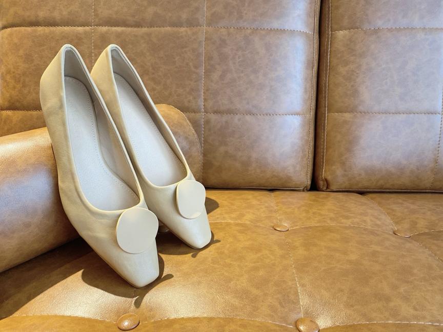 迪士尼迷2020必入手春夏穿搭 GRACE GIFT 百搭穆勒/低跟鞋款 x 超可愛迪士尼米奇化妝包