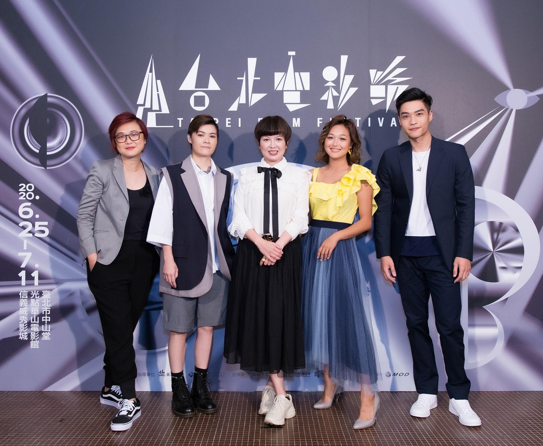 《迷走廣州》首映記者會,導演陸慧綿(左起)、演員葉寶雯、苗可麗、張雅玲、徐裕傑出席分享心得