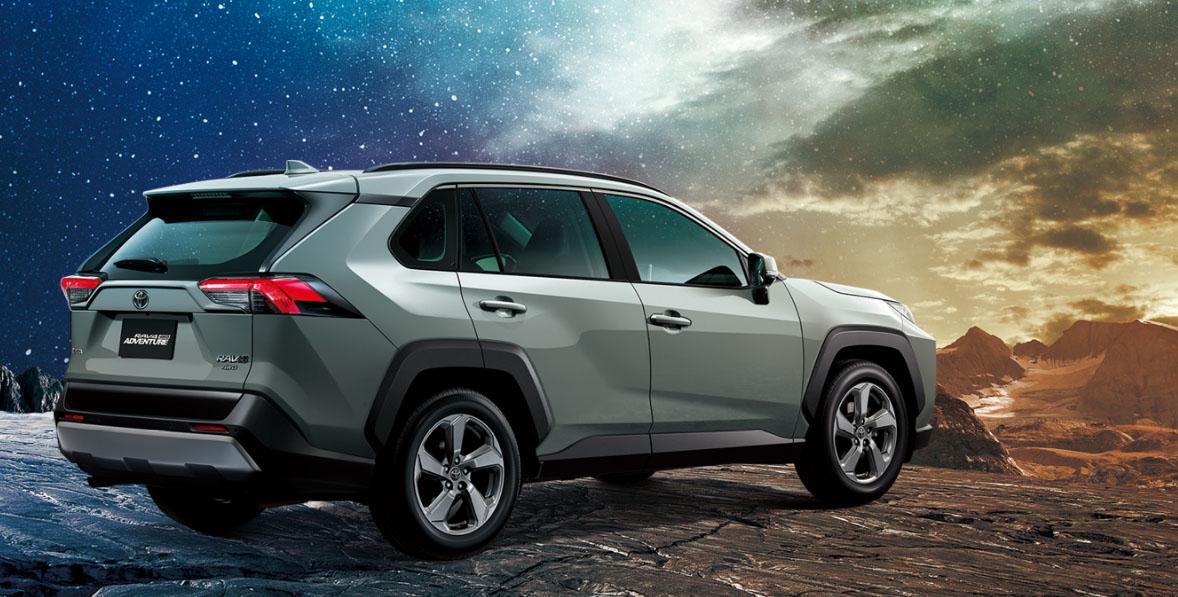 圖/本月一般進口車榜單,由人氣休旅車Toyota RAV4力壓群雄,最終賣出誇張的3,891輛。