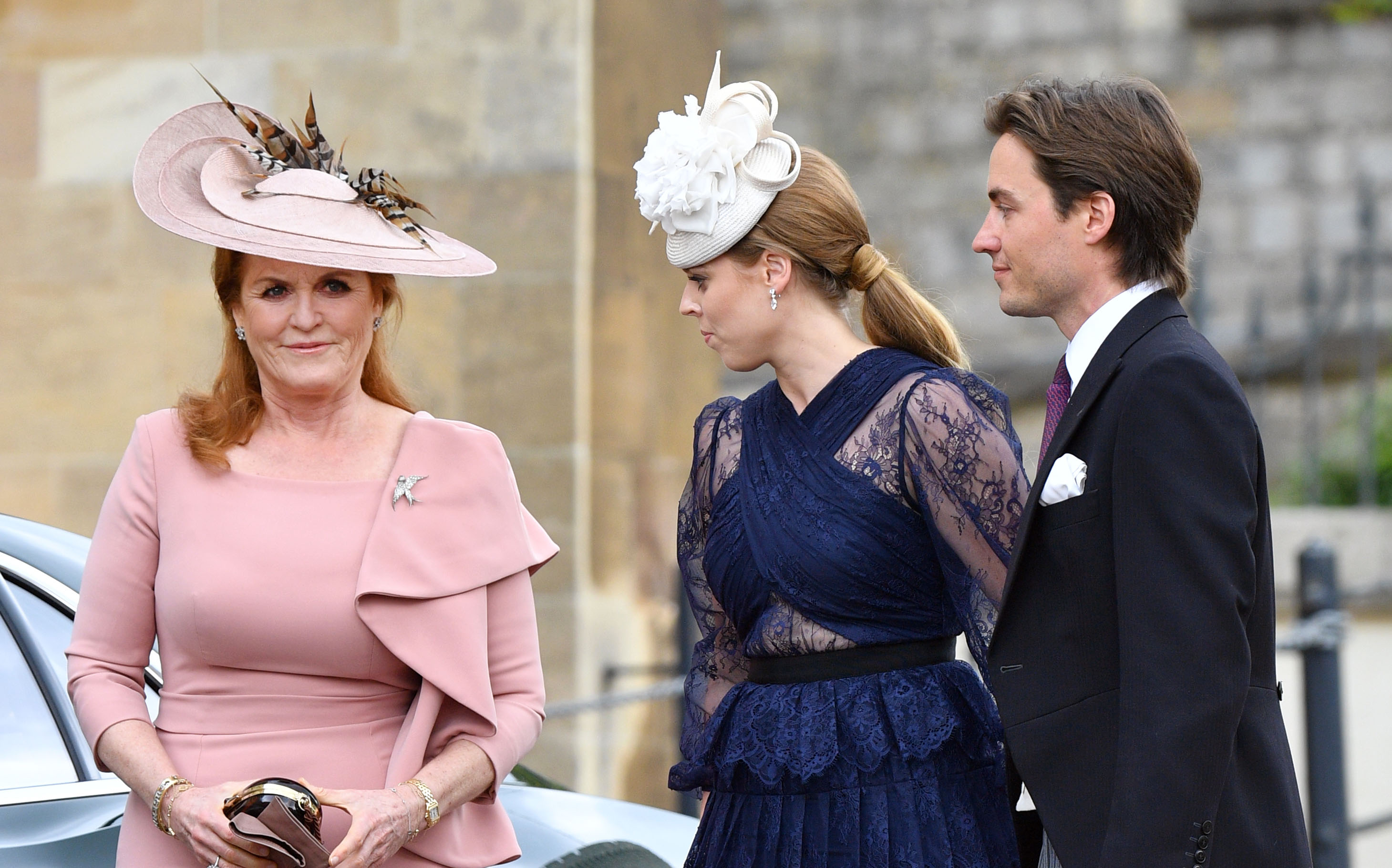WINDSOR, UNITED KINGDOM - MAY 18: (EMBARGOED FOR PUBLICATION IN UK NEWSPAPERS UNTIL 24 HOURS AFTER CREATE DATE AND TIME) Sarah Ferguson, Duchess of York, Princess Beatrice and Edoardo Mapelli Mozzi attend the wedding of Lady Gabriella Windsor and Thomas Kingston at St George's Chapel on May 18, 2019 in Windsor, England. (Photo by Pool/Max Mumby/Getty Images)
