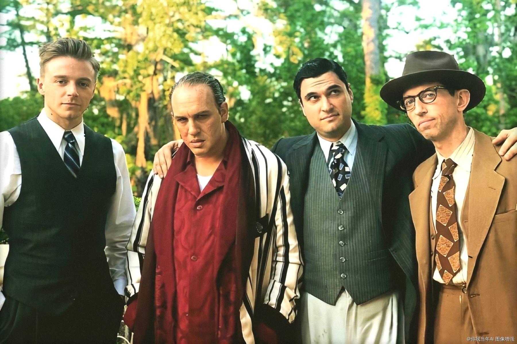 昔日在《敦克爾克大行動》是戰友的湯姆哈迪(左二)與傑克勞登(左一),這回將反目上演諜對諜