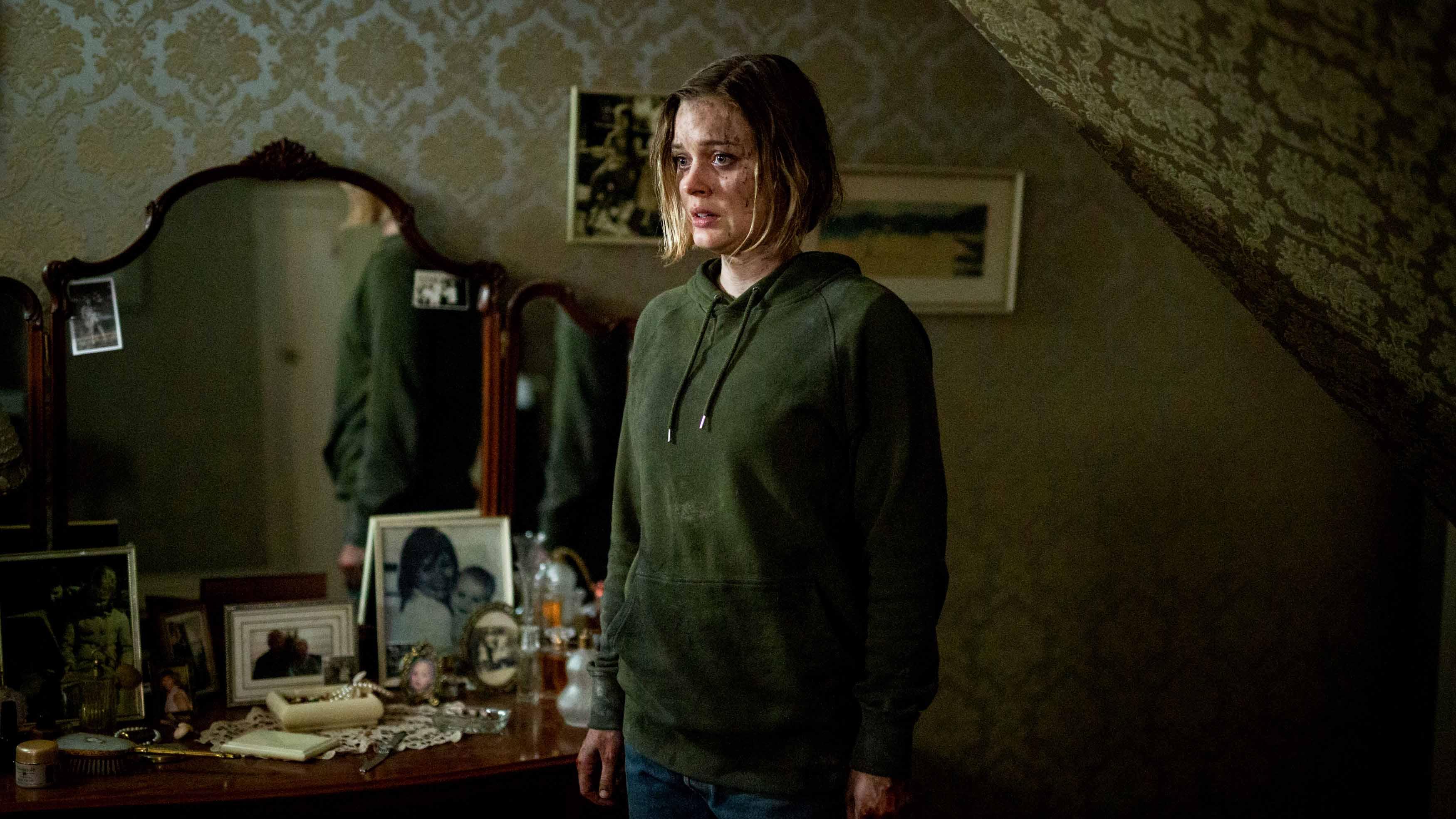 新生代女星貝拉希斯寇特特別為了《家靈》返回許久不見的家鄉墨爾本,然而拍攝期間卻吃足了苦頭,為了拍攝本片,足足哭了四天