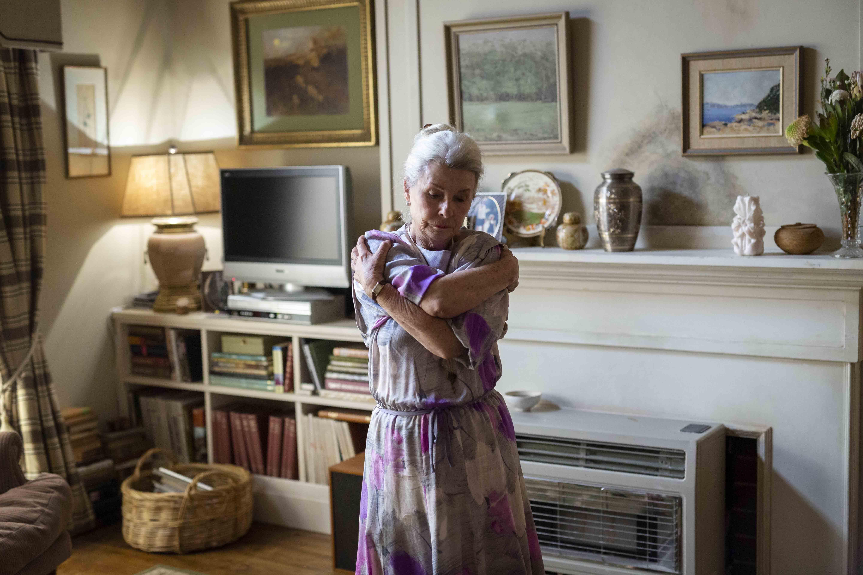 靈感來自日裔澳籍導演娜塔莉艾瑞卡詹姆士幼時回到日本探望患有阿茲海默症的外婆,陰森的舊式日式住宅猶如日本恐怖電影印在她的腦海