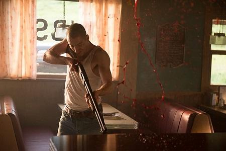 《德州電鋸殺人狂前傳:皮面人》劇照