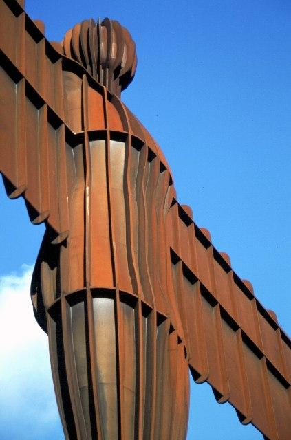 北方天使 (Photo by John Clive Nicholson, License: CC BY-SA 2.0, 圖片來源www.geograph.org.uk/photo/28956)