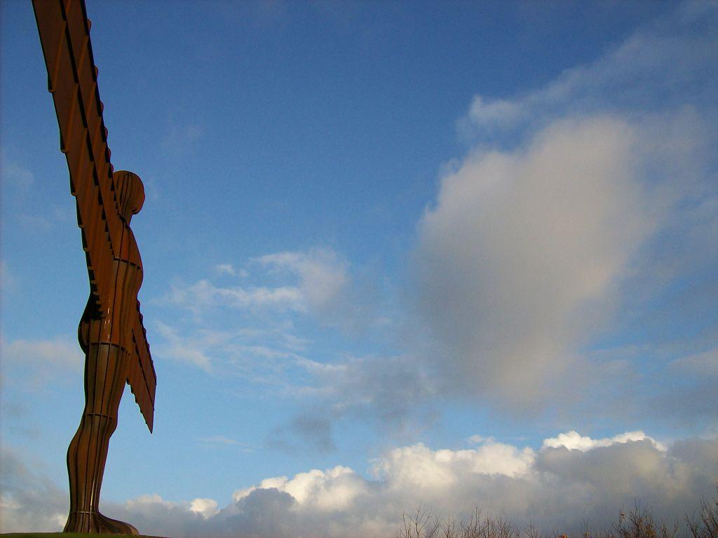 北方天使 (Photo by Tony Grist, Wikimedia Commons提供)