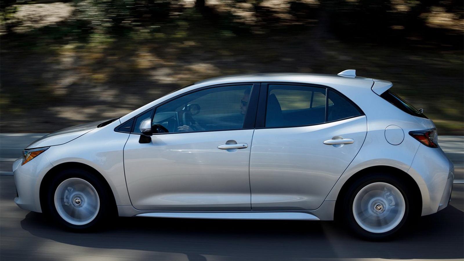 圖/Corolla Sport採用M20A-FKS 2.0L Dynamic Force自然進氣引擎配置,搭配Direct Shift CVT無段變速系統,提供170ps/6,600rpm最大馬力與20.4kgm/4,400-4,800rpm峰值扭力。