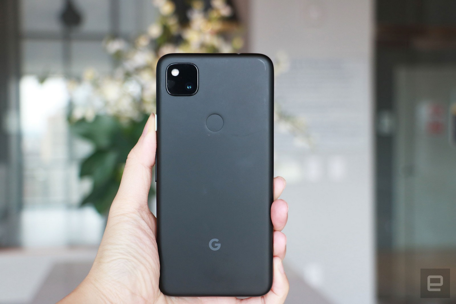 Google Launches Pixel 4a, a $349 iPhone SE Competitor