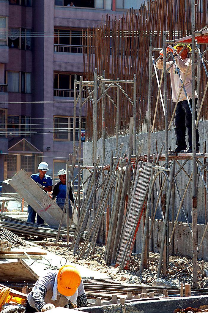 業者指出,近期營建與人工成本上漲,建商降價空間不大。(資料照片)。