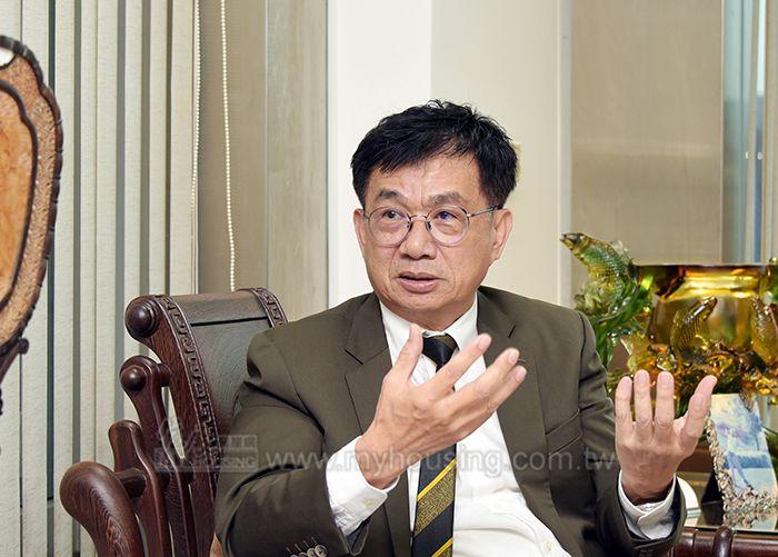 君邑建設鍾文欽董事長建議,現在就是房市最好買點,不買會後悔。