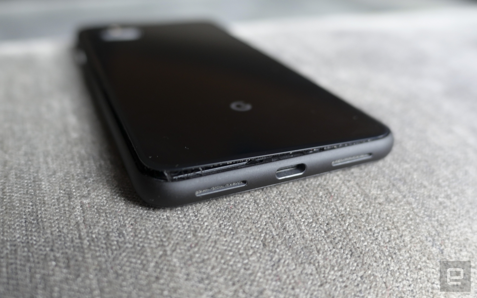 Pixel 4 XL Battery swell