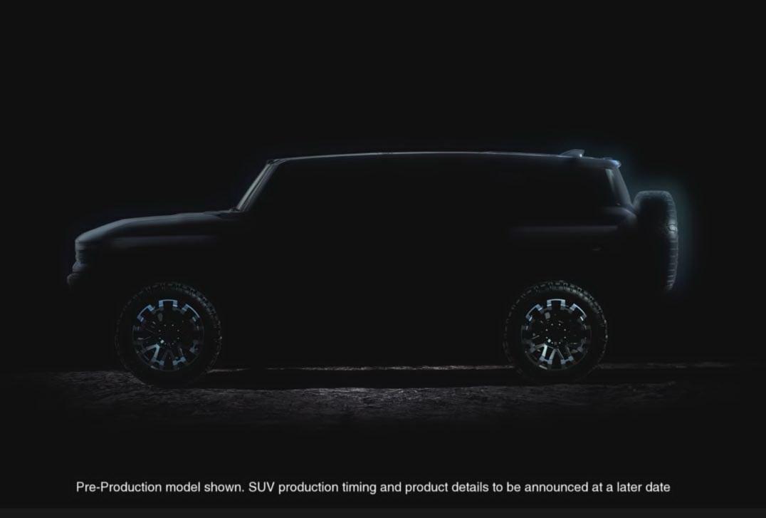圖/另一款悍馬SUV版,乍看下讓人聯想到福特野馬四門版,採用可移動車頂板設計也是一大亮點。