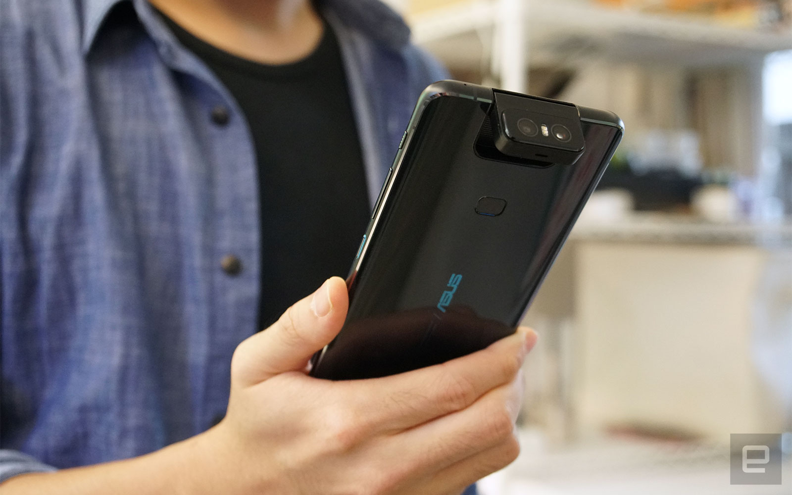 華碩 ZenFone 6