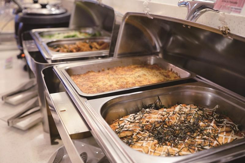 自助吧早餐多達40、50樣中西式餐飲。圖片提供/台中碧根行館
