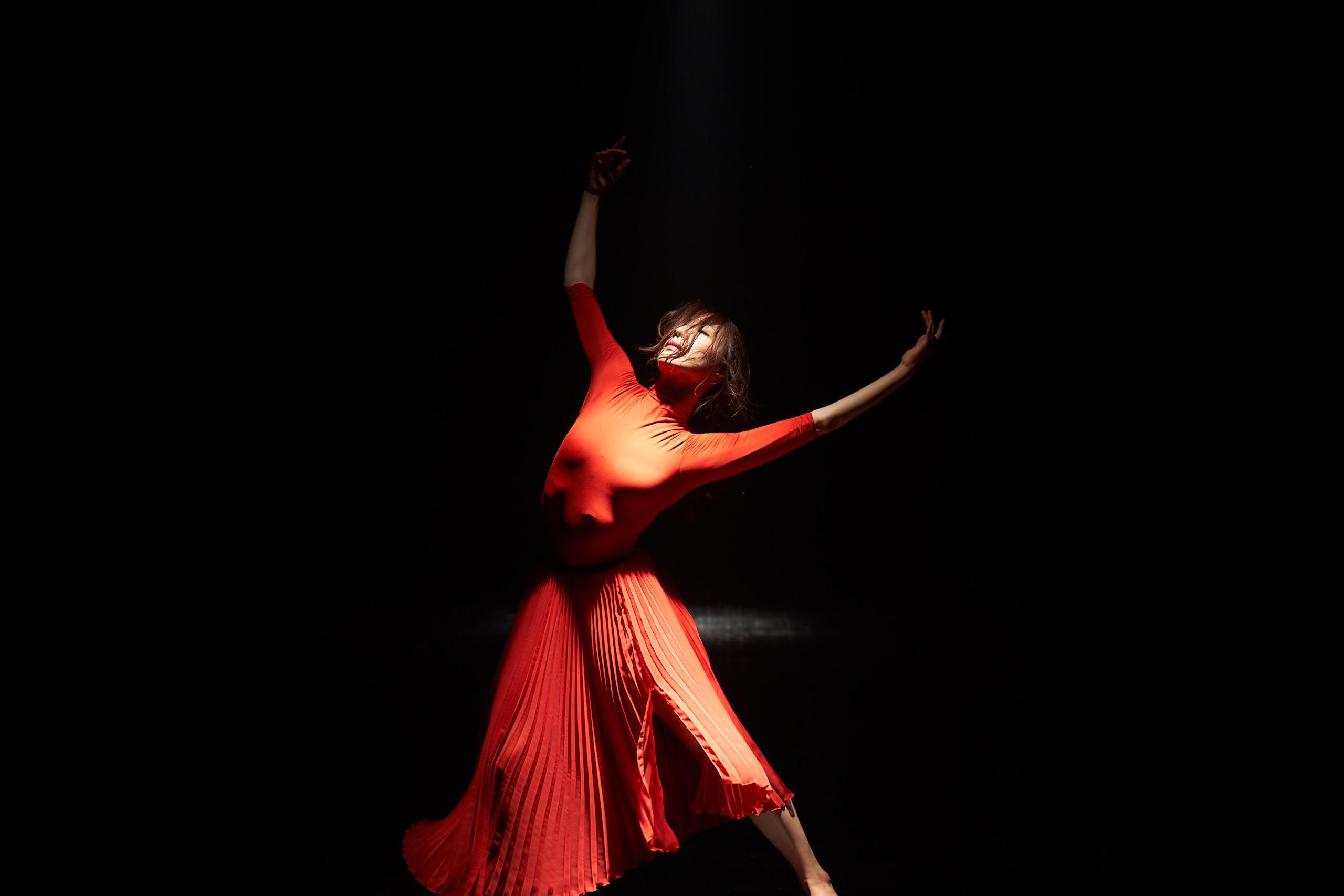 主角徐娜英曾在韓國舞蹈競賽實境節目《Dancing 9 第二季》中,打破韓國舞蹈的界線,展現超凡的魅力,令許多觀眾印象深刻