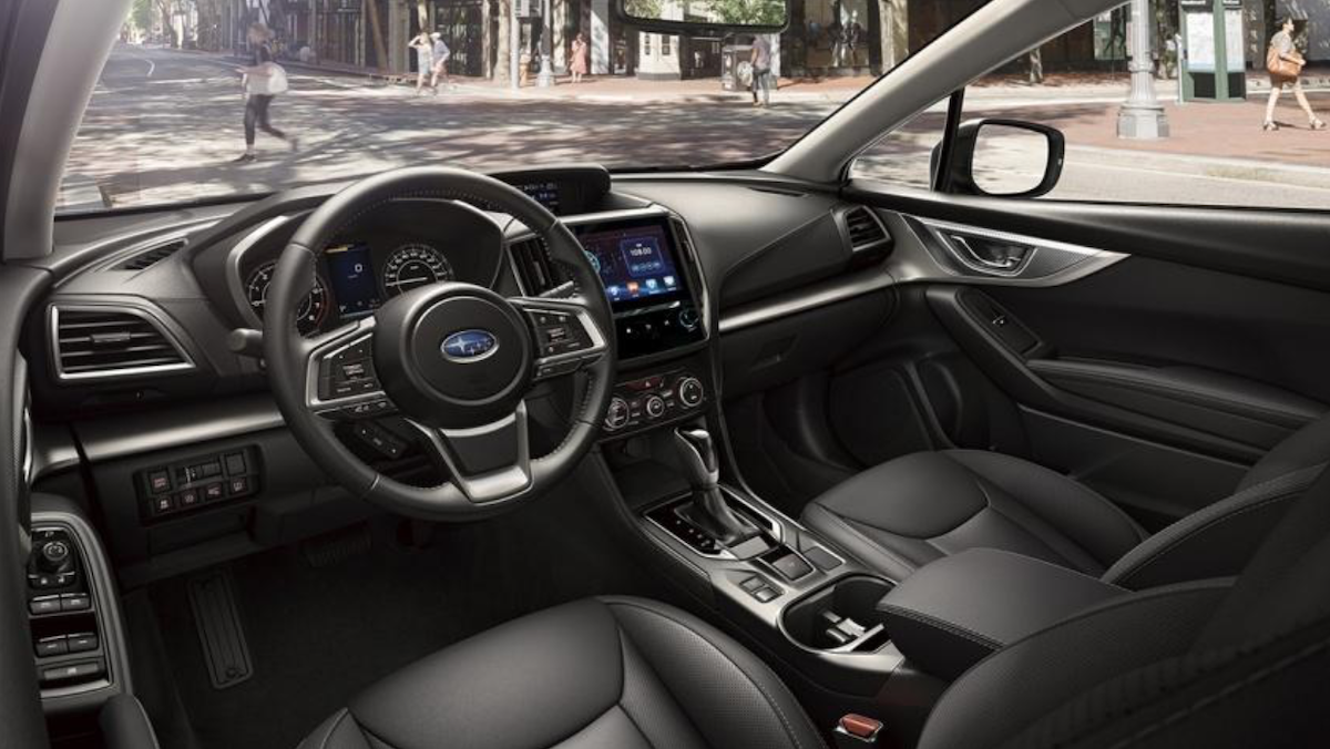 STI Sport 車型的內裝會新配色與縫線。