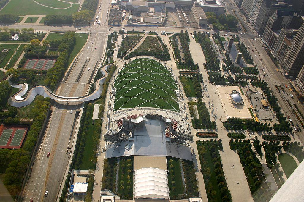 千禧公園 (Photo by J. Crocker, License: Attibution, Wikimedia Commons提供)