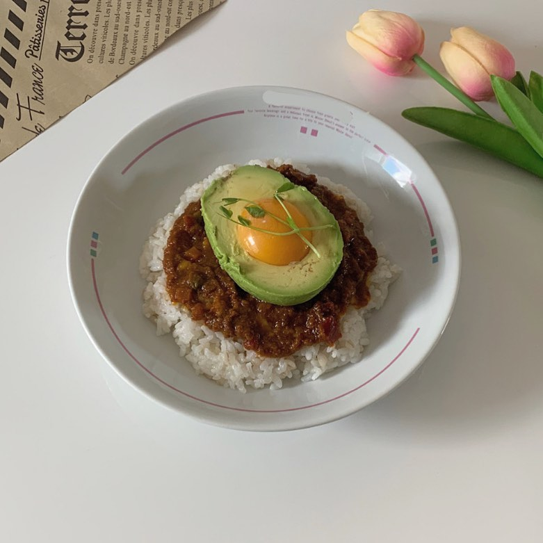 日本爆紅手作料理「酪梨咖哩飯」