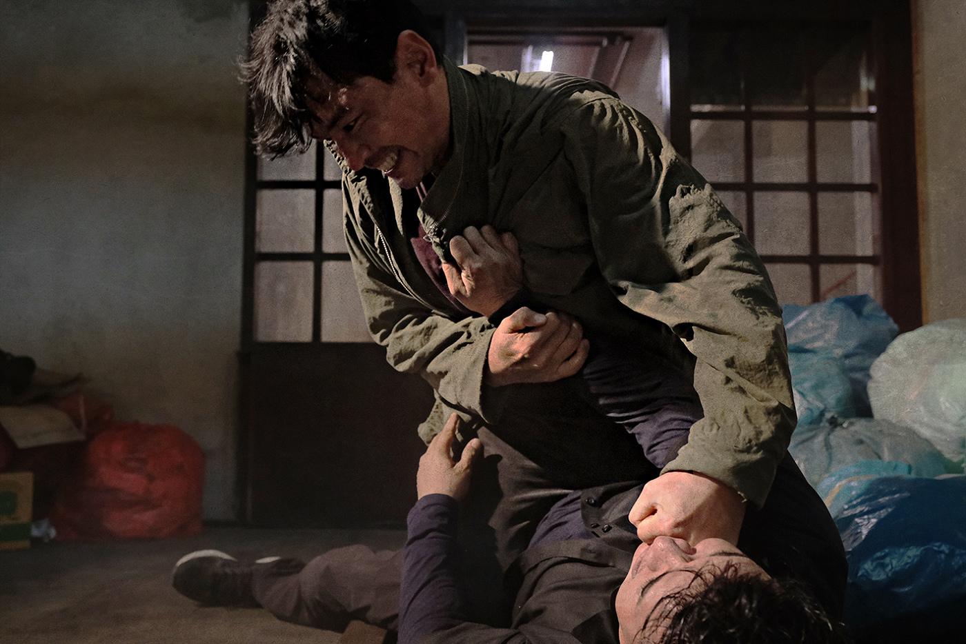 本片被觀眾譽為韓版【即刻救援】,圖為男主角黃晸玟