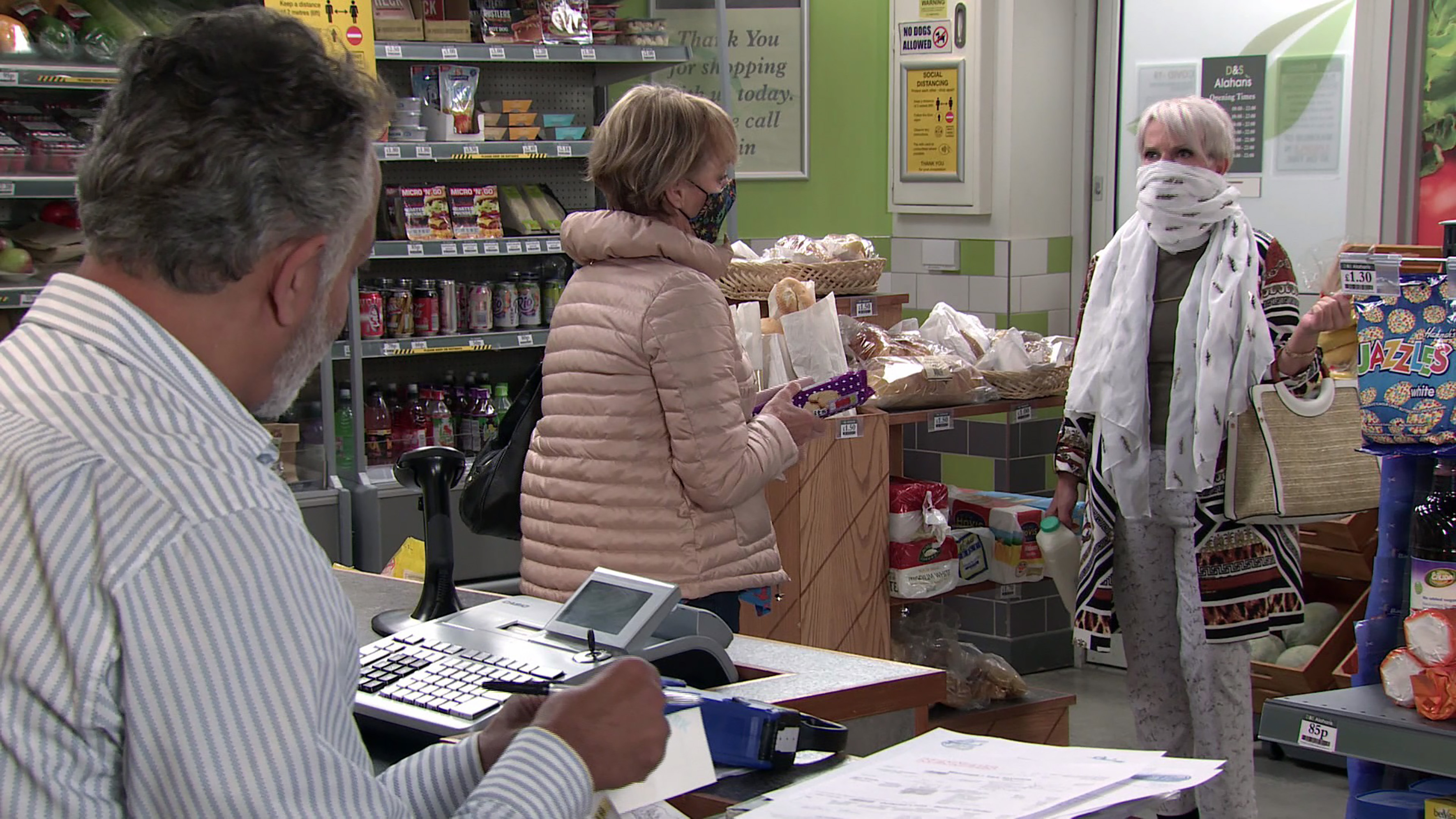 Sally Metcalfe and Debbie Webster are shown wearing face masks at the local shop in an upcoming episode of 'Coronation Street'. (ITV)