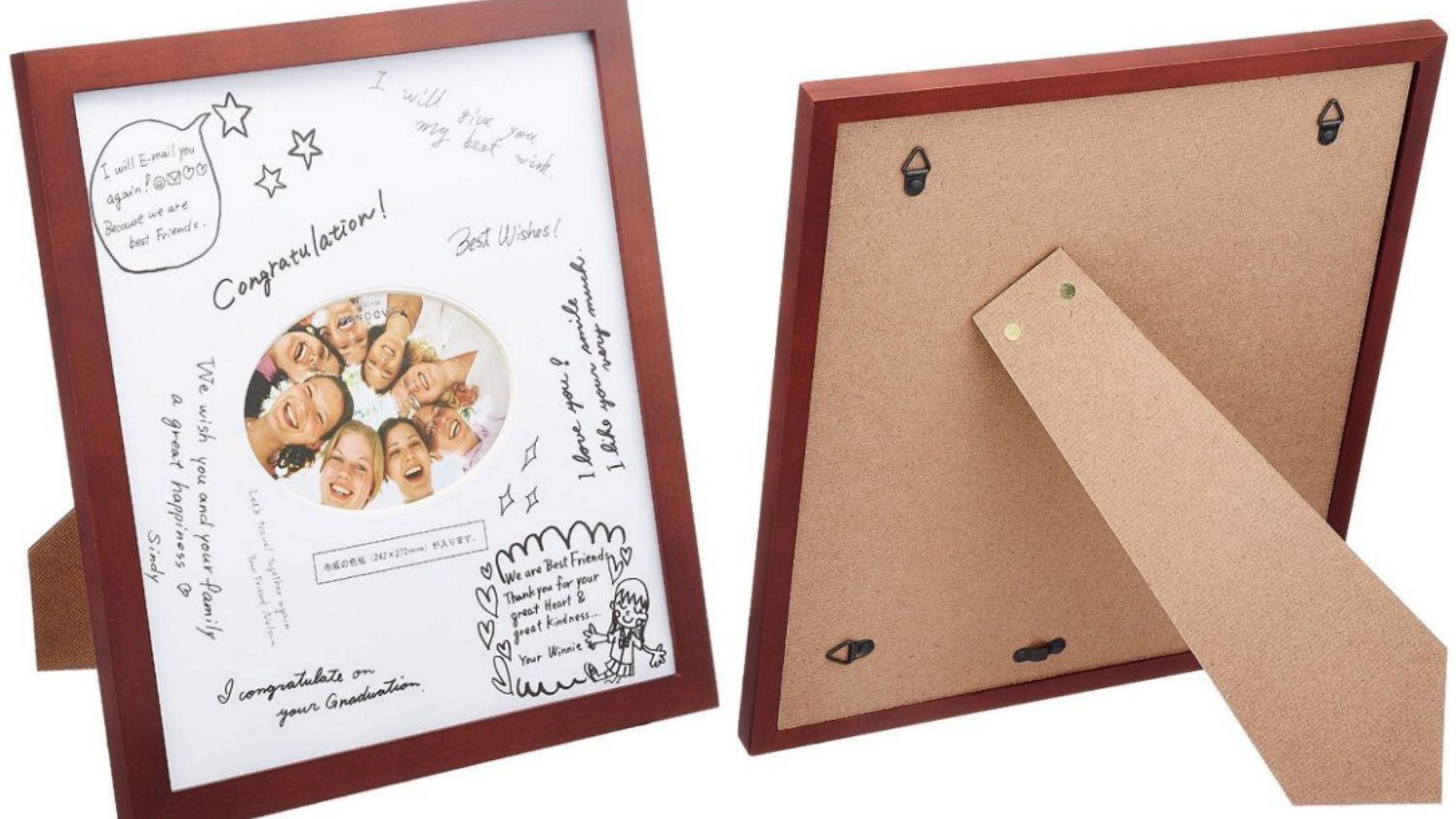 相框系列多樣化,並擁有原創設計。取用多種原料材質如木頭