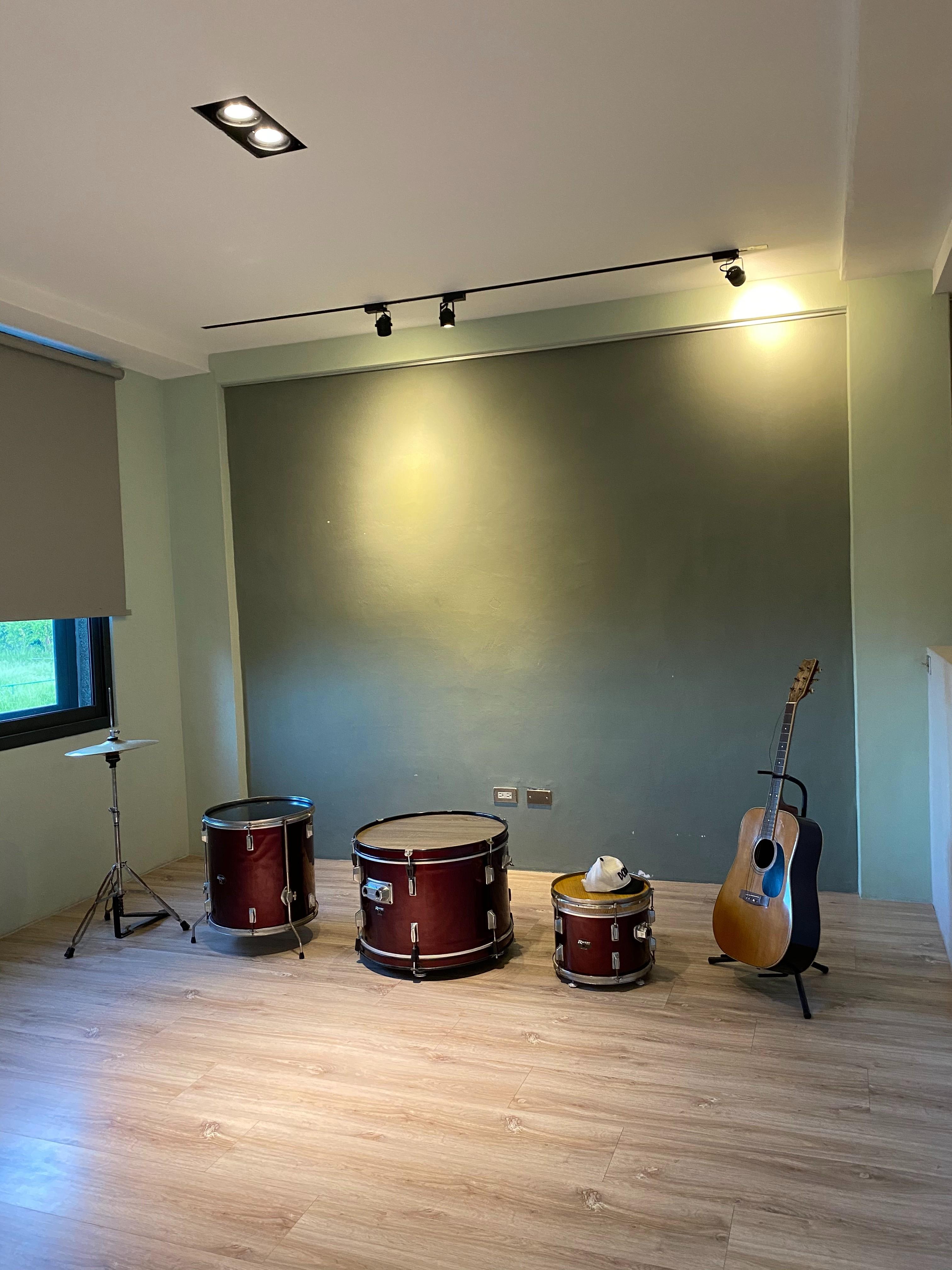 ▲這次特別選擇住在朋友開的民宿,陳小藍形容每間房都很有特色。