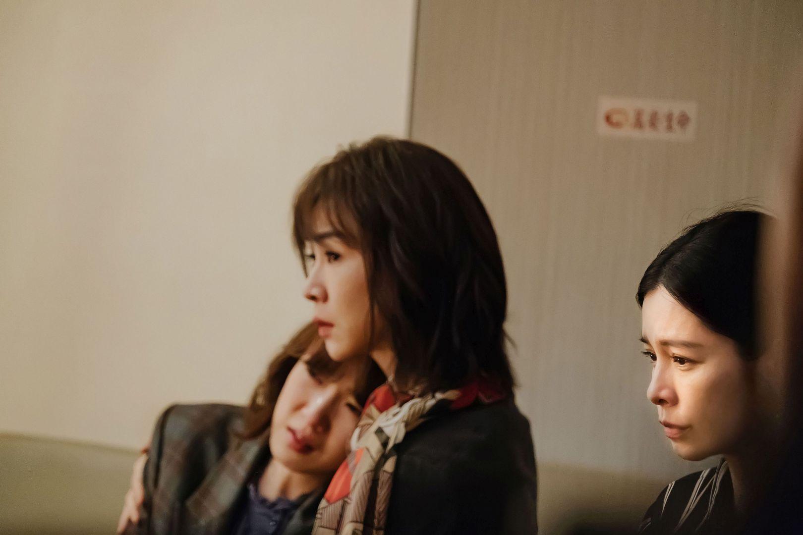 徐若瑄與謝盈萱、孫可芳戲裡戲外都有好感情
