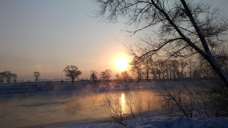 霧淞在太陽升起的那一刻最美。(圖片來源:百威旅遊 黃子芸)