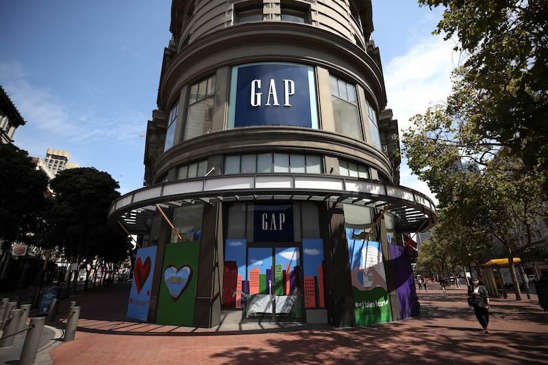 GAP近期屢傳危機,品牌近期更宣布關閉位於舊金山市區的旗艦店,在該市更僅留下一間實體店舖。 Justin Sullivan/Getty Images/AFP == FOR NEWSPAPERS, INTERNET, TELCOS & TELEVISION USE ONLY ==